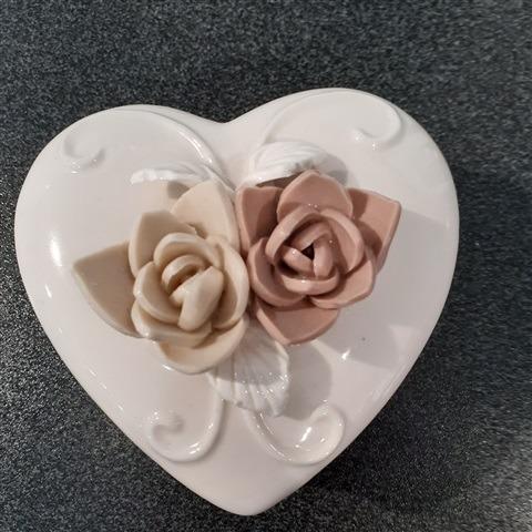 scatolina-con-fiori