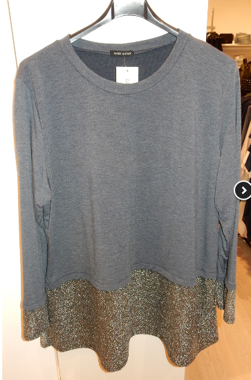 t-shirt-con-bordi-argentati