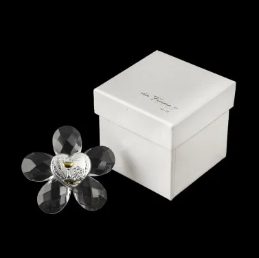 crystal-flower-with-communion-plaque-and-box