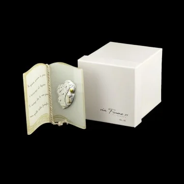 glass-book-with-prayer-and-tree-of-life-communion-application-and-box