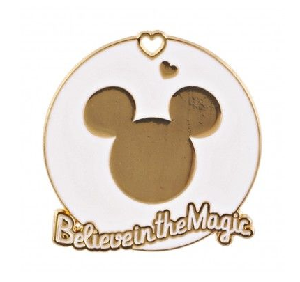 mickey-magnet-in-gold-and-white-color