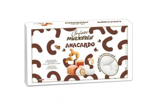 maxtris-cashew-with-caramel-chocolate