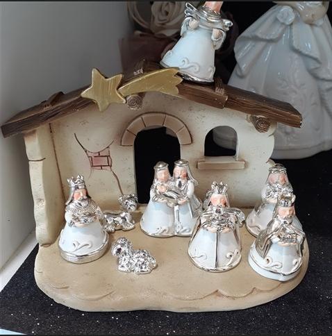 white-nativity